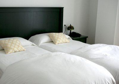 12. habitación twin 3 camas